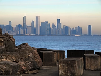 Button to visit chicago lakefront