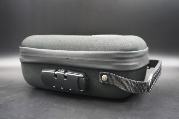 button to buy a bag with a lock